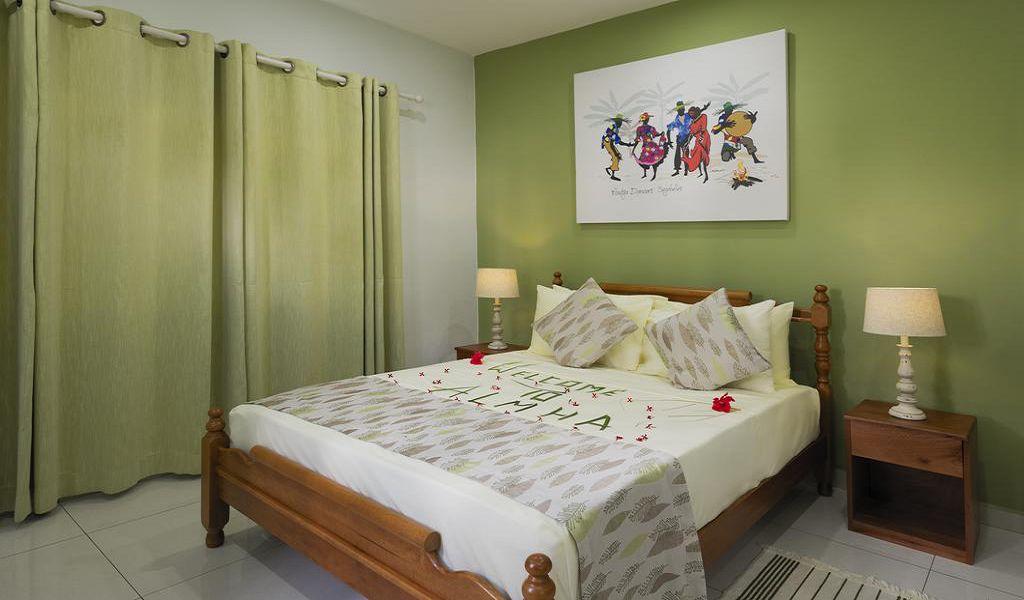 4Anse La Mouche Holiday Apartments (7)