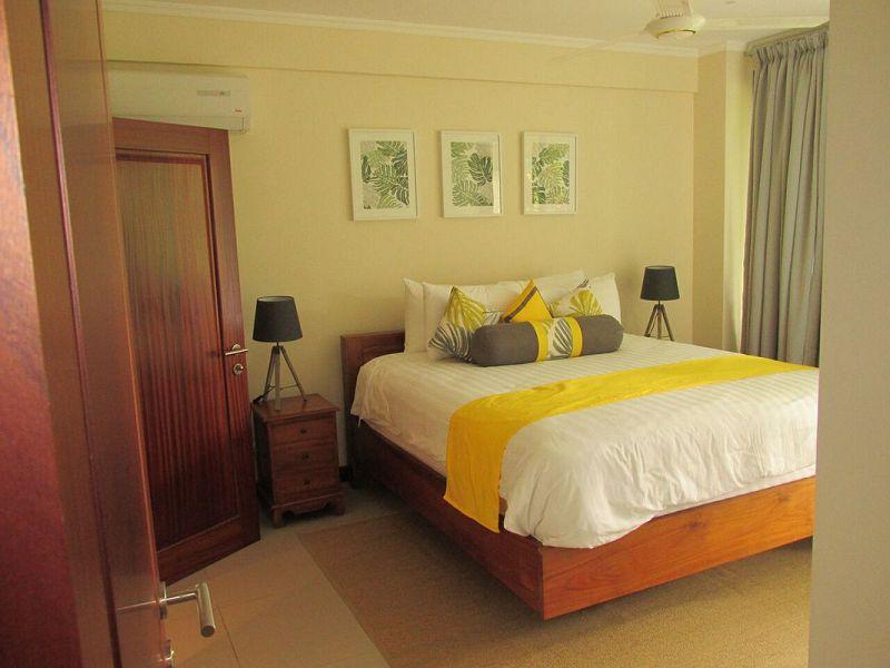 One Bedroom Apartment (4)