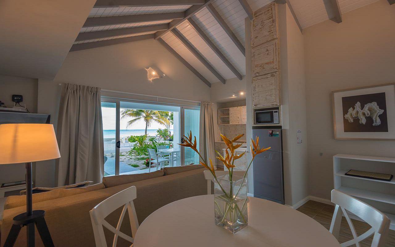 7Le Nautique Luxury Beachfront Apartment (11)