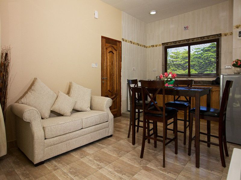 Stone Self Catering Apartment (24)