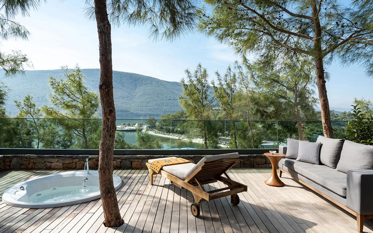 Lujo-Forest Suite - 05 - Balkon