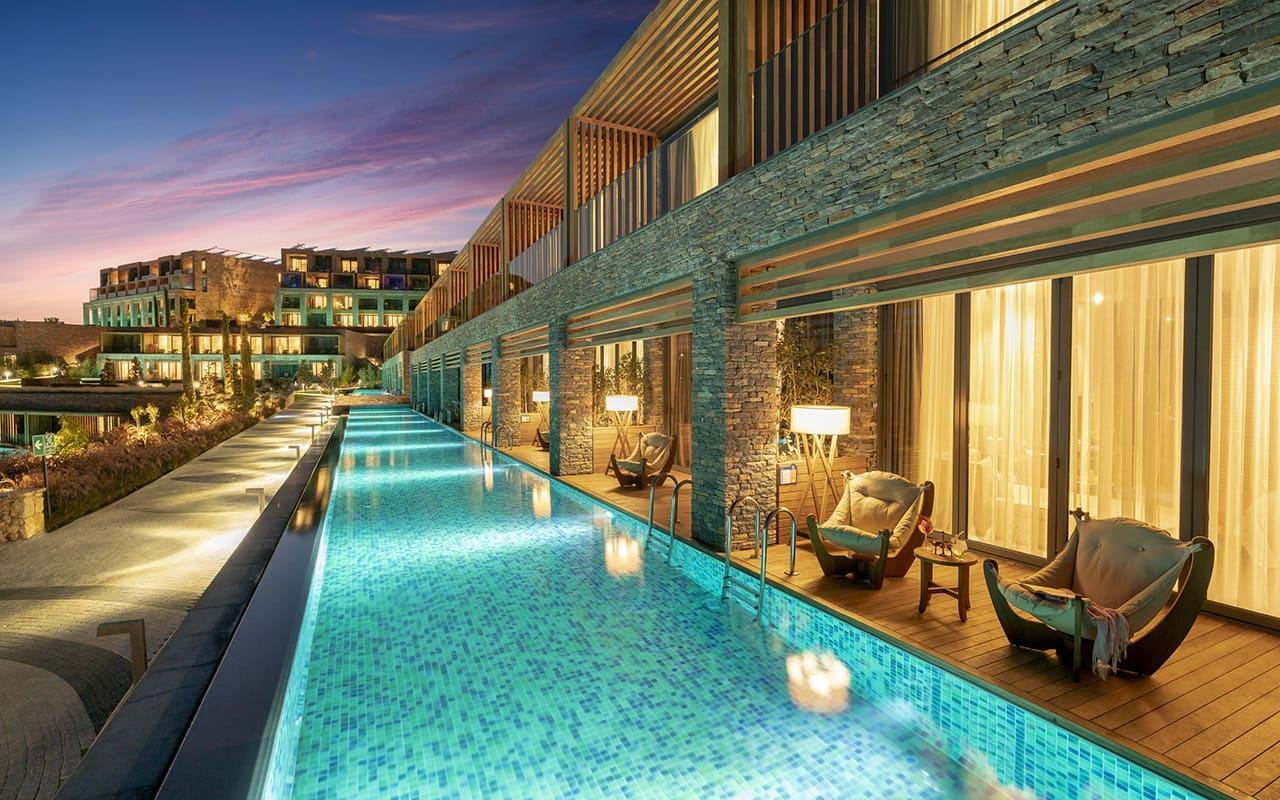 Lujo-Laguna Room Pool - 05