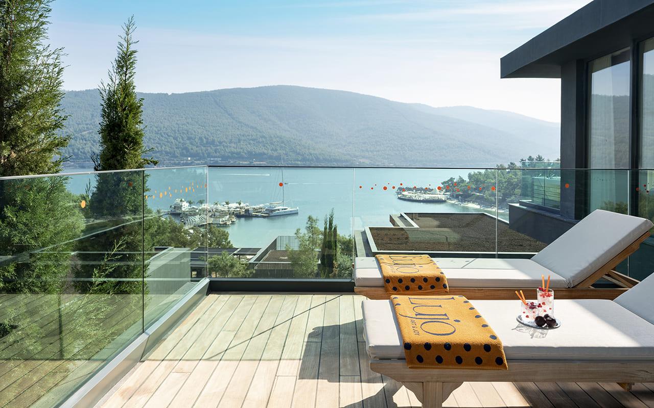 Lujo-Lujo-Lujo-Pina Villa - 09 - Balkon