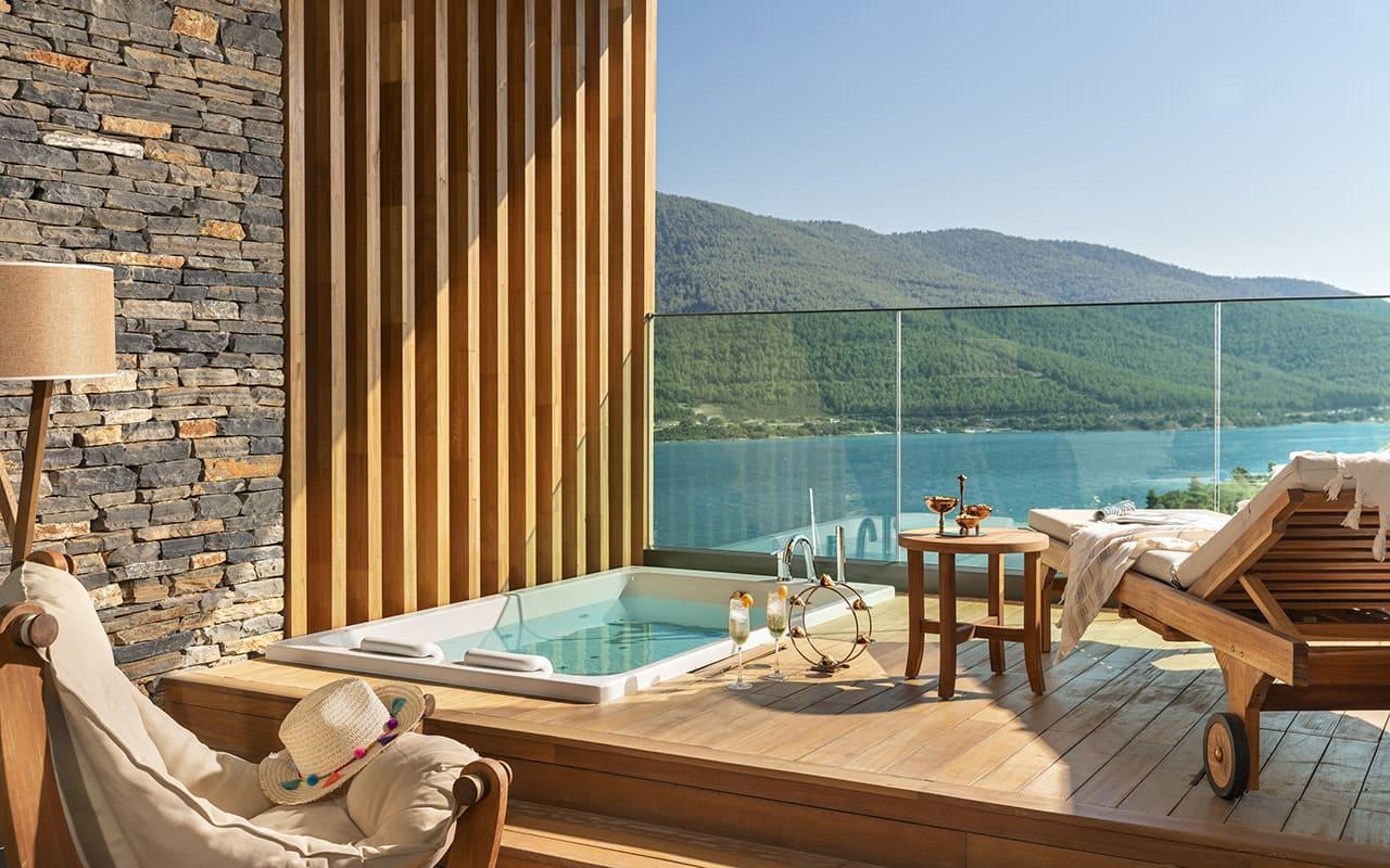Lujo-Terrace Room - Terrace