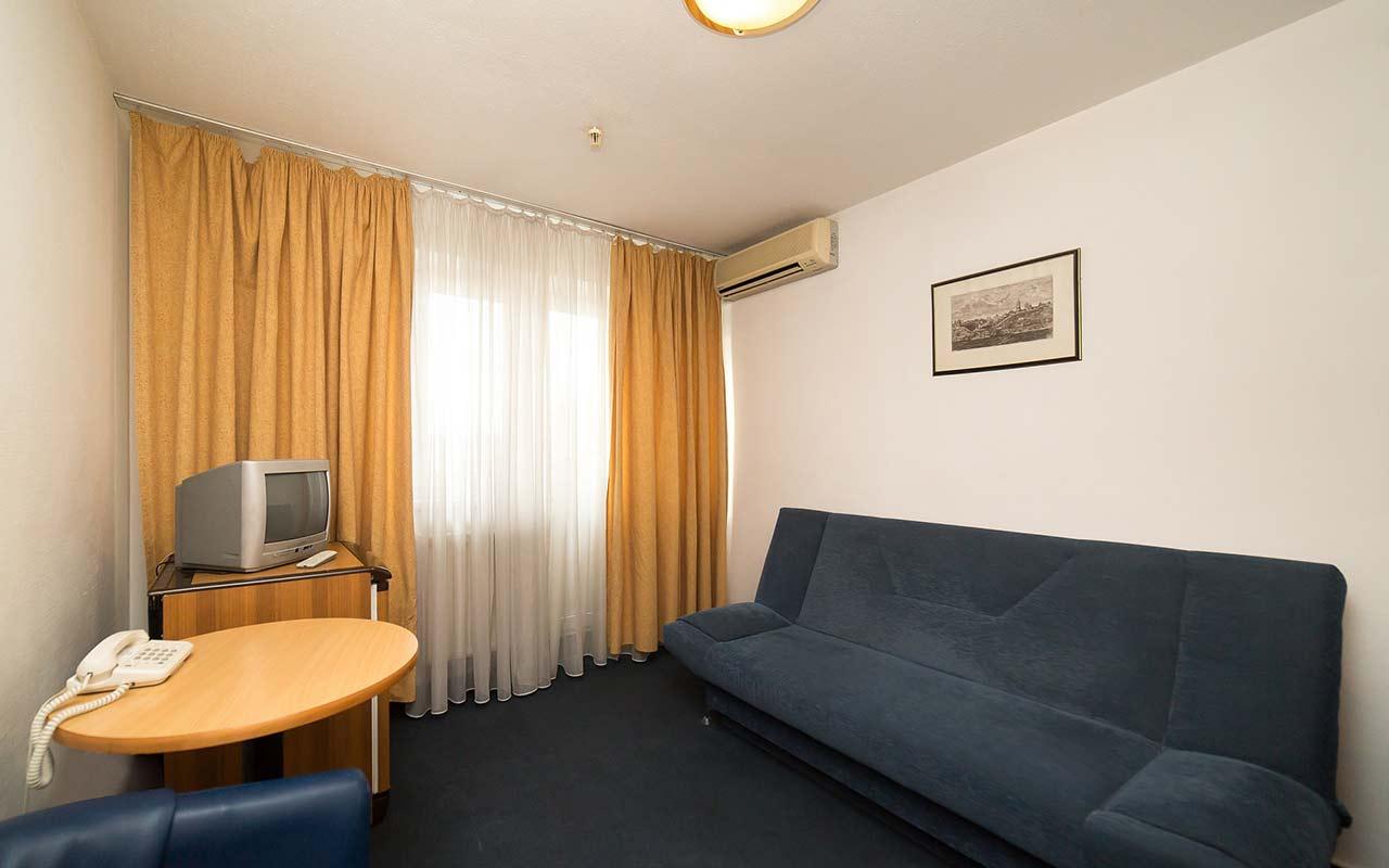 Standard-Room-2-Rooms-фото-3