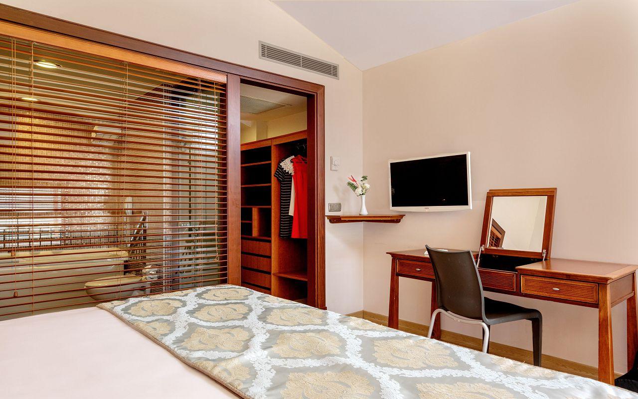 Suite Room (Hills) Suite Room (Hills) 2