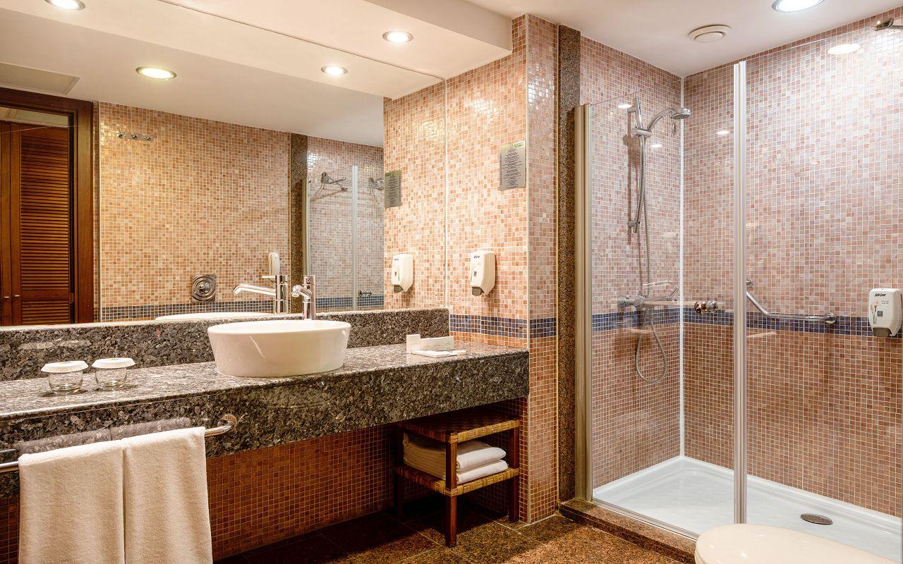 Suite Room (Hills) Suite Room (Hills) 7