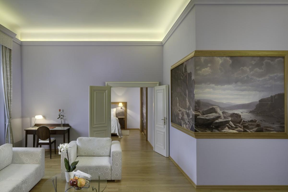 grande luxury suite by the sazava (1)