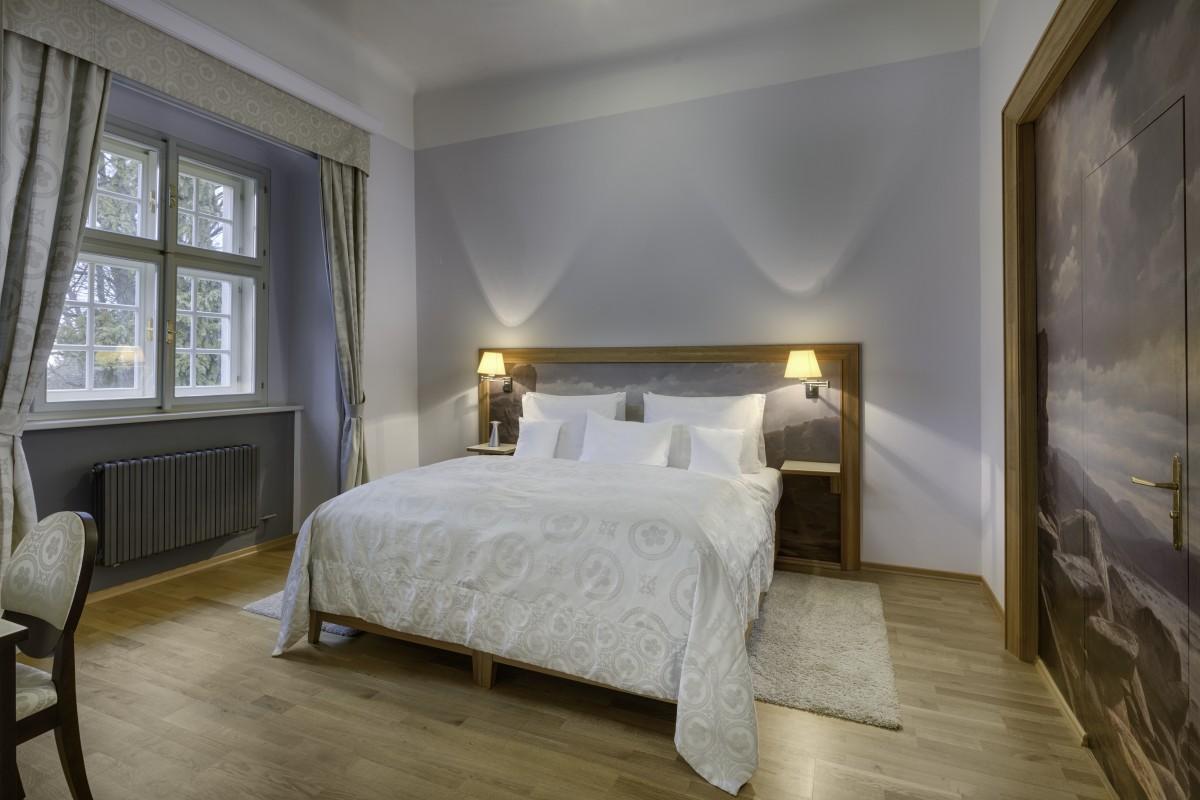 grande luxury suite by the sazava (2)