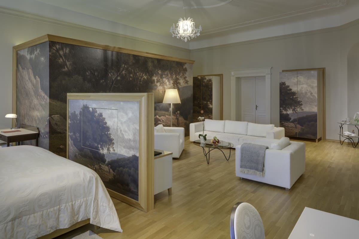 luxury double room lords of roupov (2)