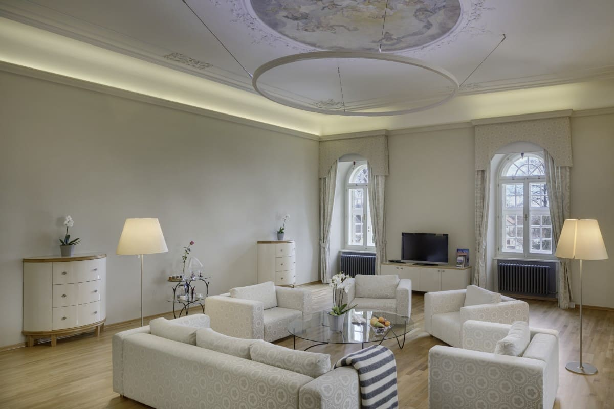 presidential suite of lords of solms (1)