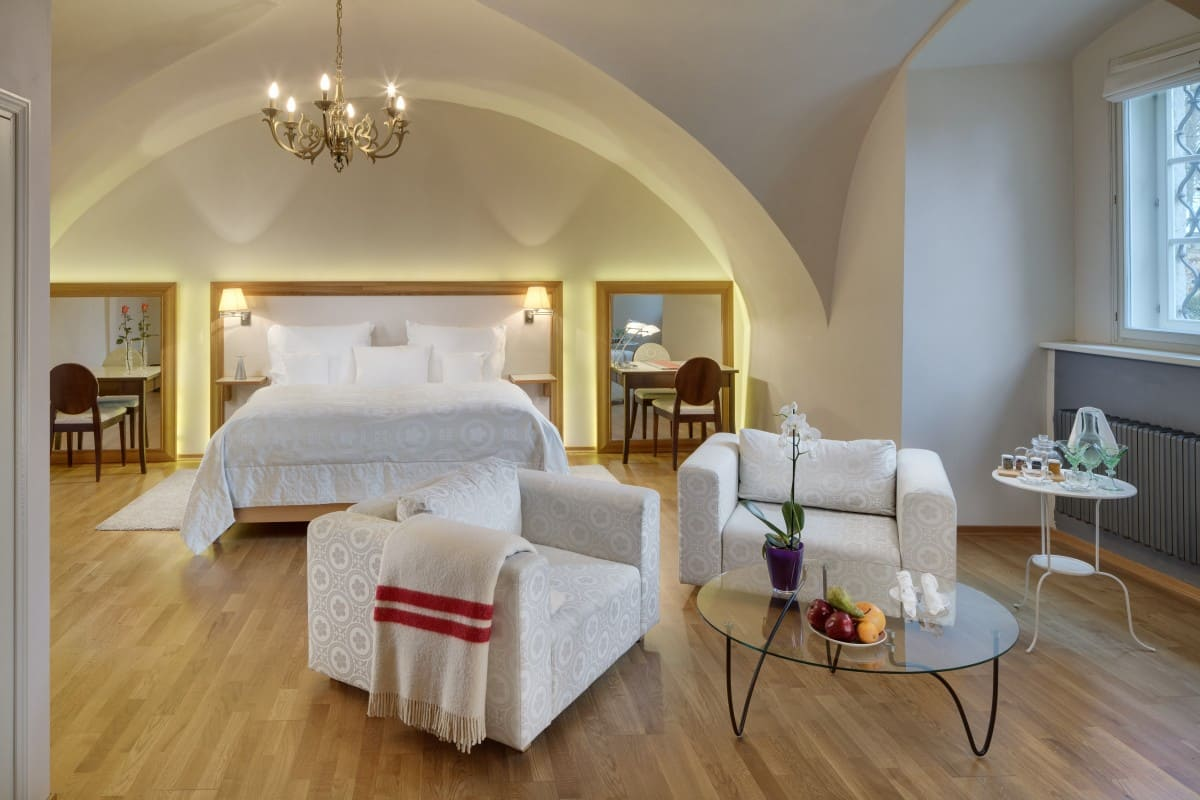 standard double room by the gateway