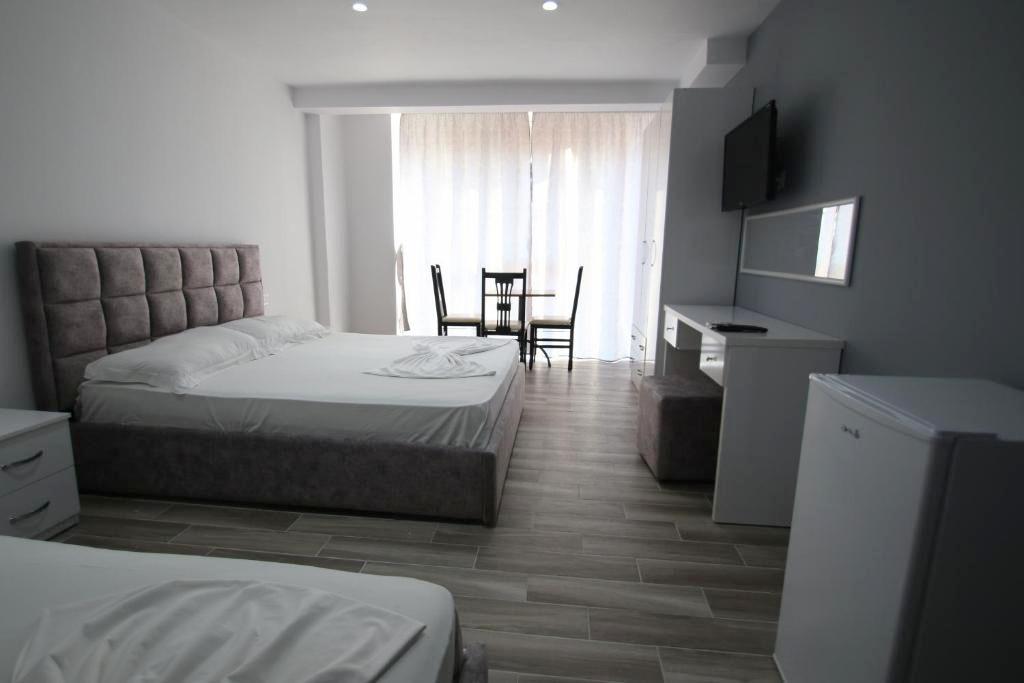 Klebrido-Comfort Triple Room (13)