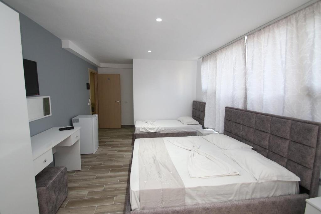 Klebrido-Comfort Triple Room (3)