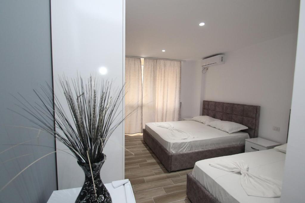 Klebrido-Comfort Triple Room (4)
