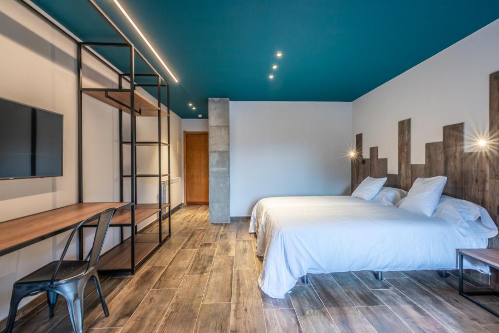Ushuaia Mountain-premium-room (1)