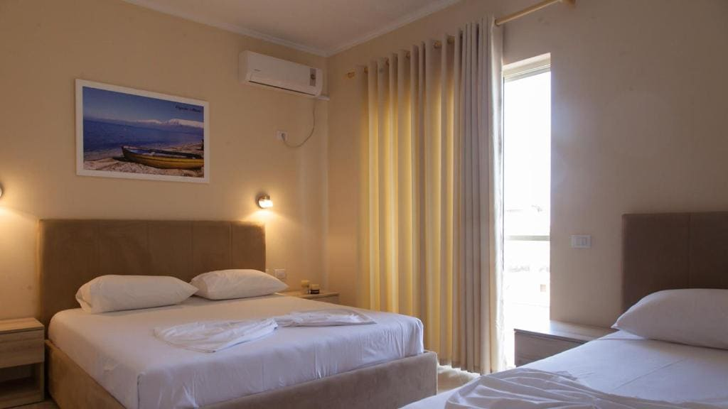Vila Balani-Suite with Balcony (4)