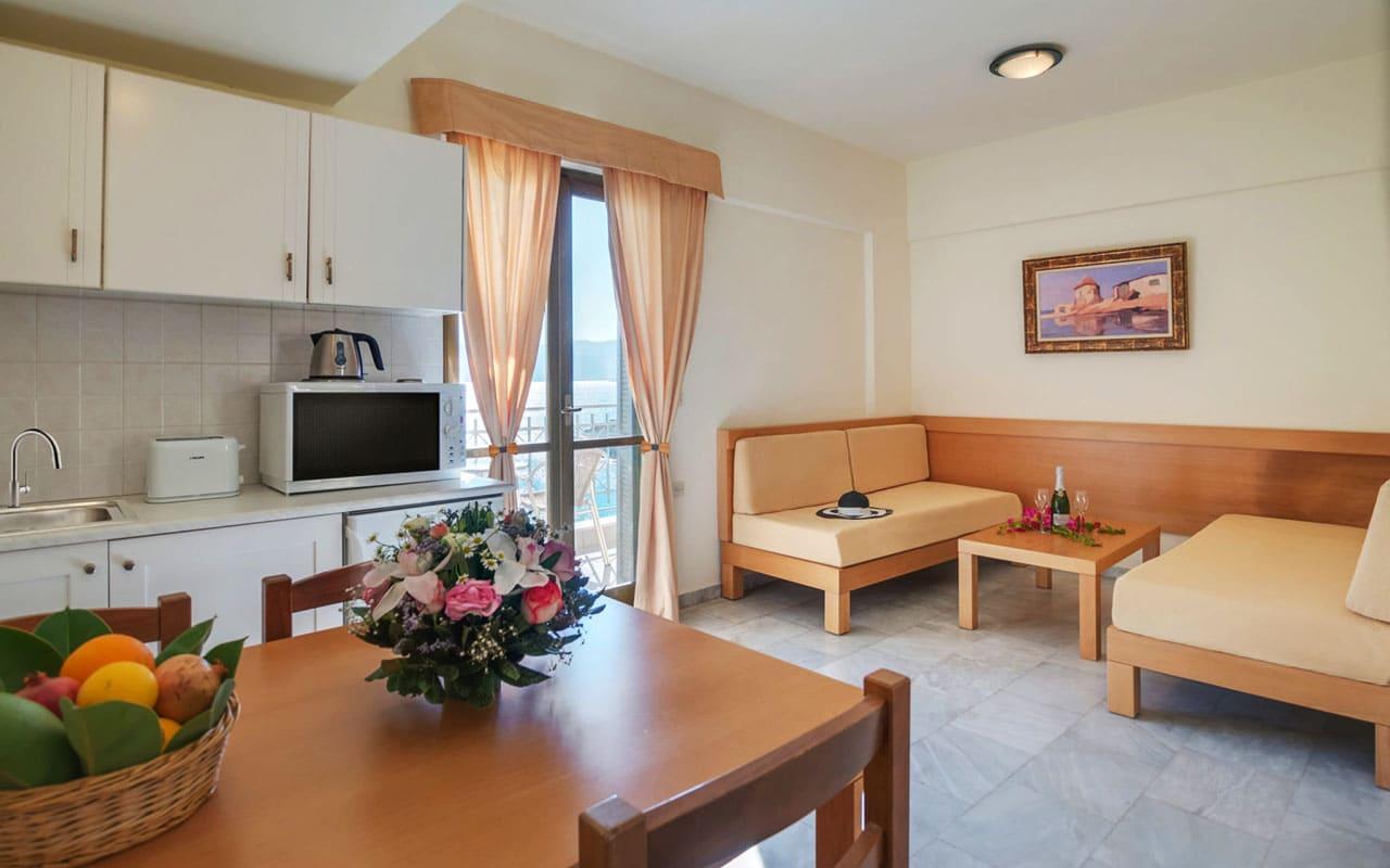 bedroom1-Mare Hotel