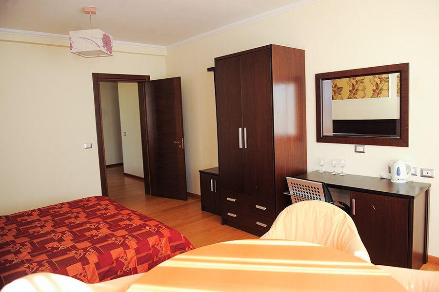 leonardo-suite (2)