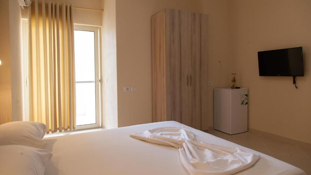 vila balani-double Room with Balcony (4)