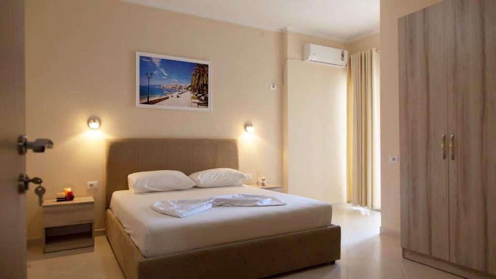 vila balani-double Room with Balcony (7)