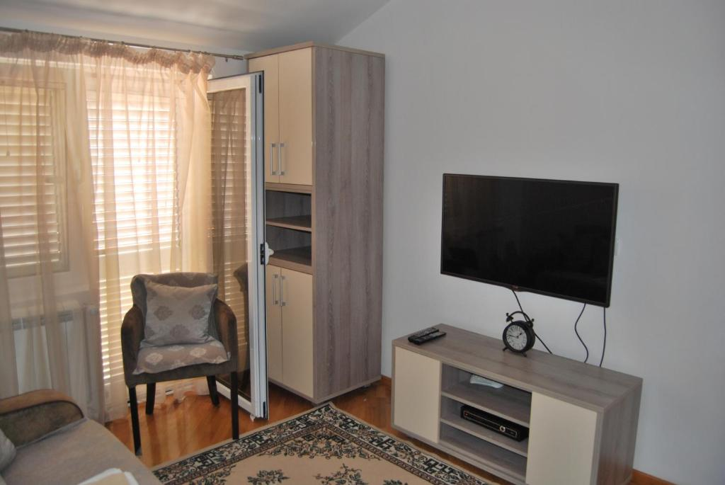 Deluxe Apartment 7