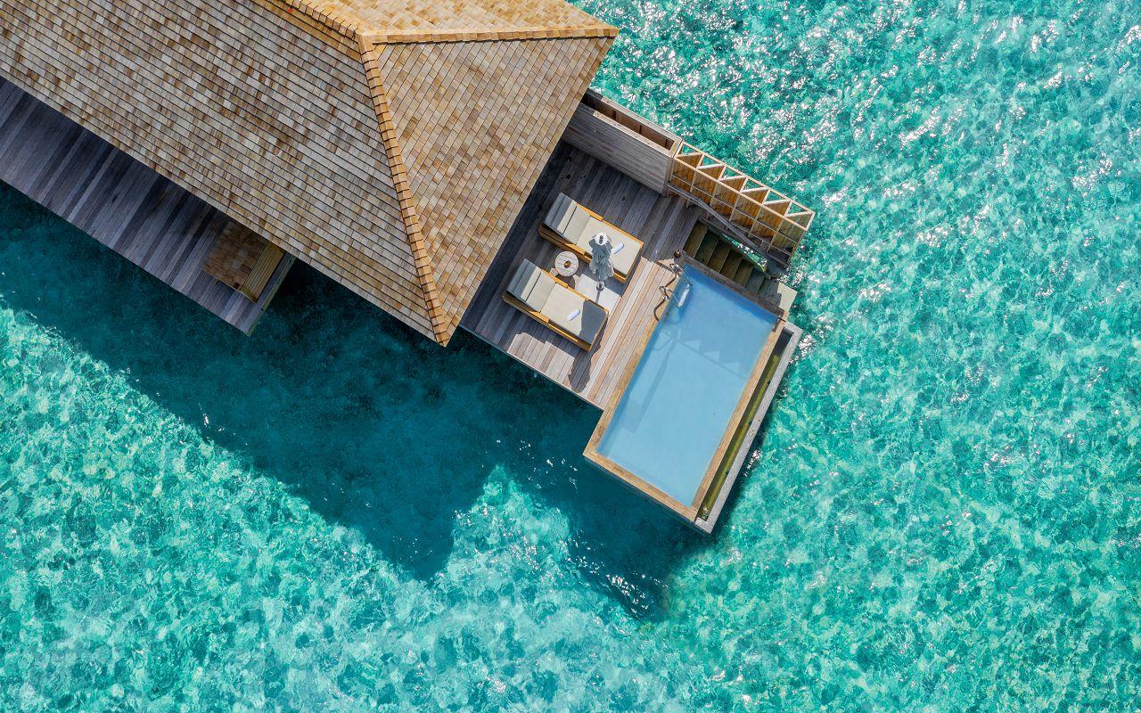 Ocean-Lagoon Pool Villas (28)