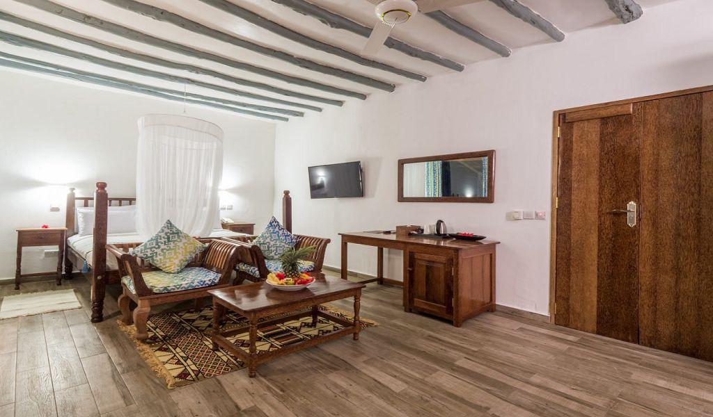 kiwi-kiwengwa-beach-resort-rooms-deluxe-02
