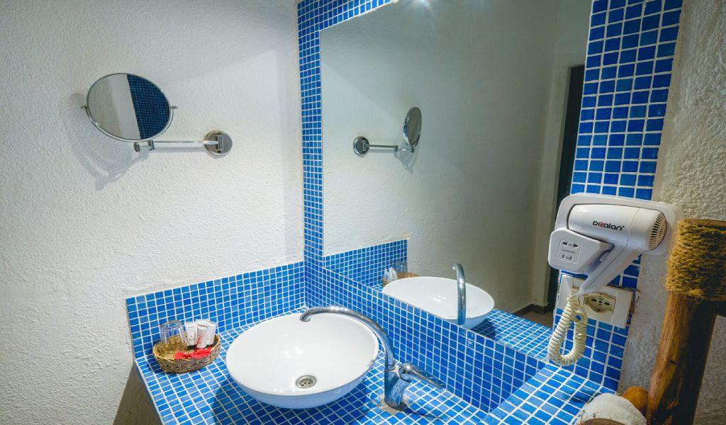 kiwi-kiwengwa-beach-resort-rooms-standard-01