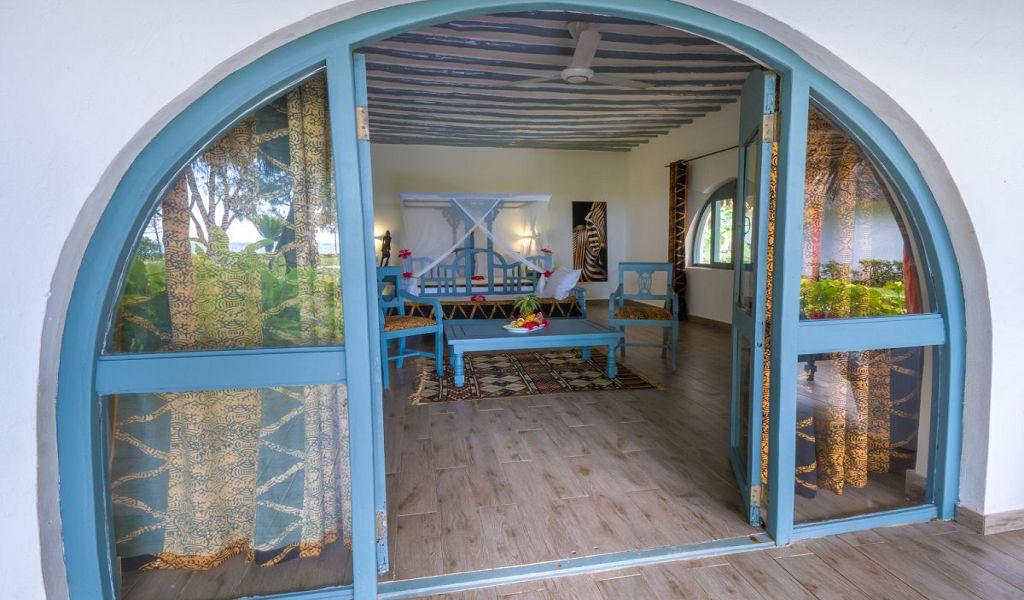 kiwi-kiwengwa-beach-resort-rooms-suite-03