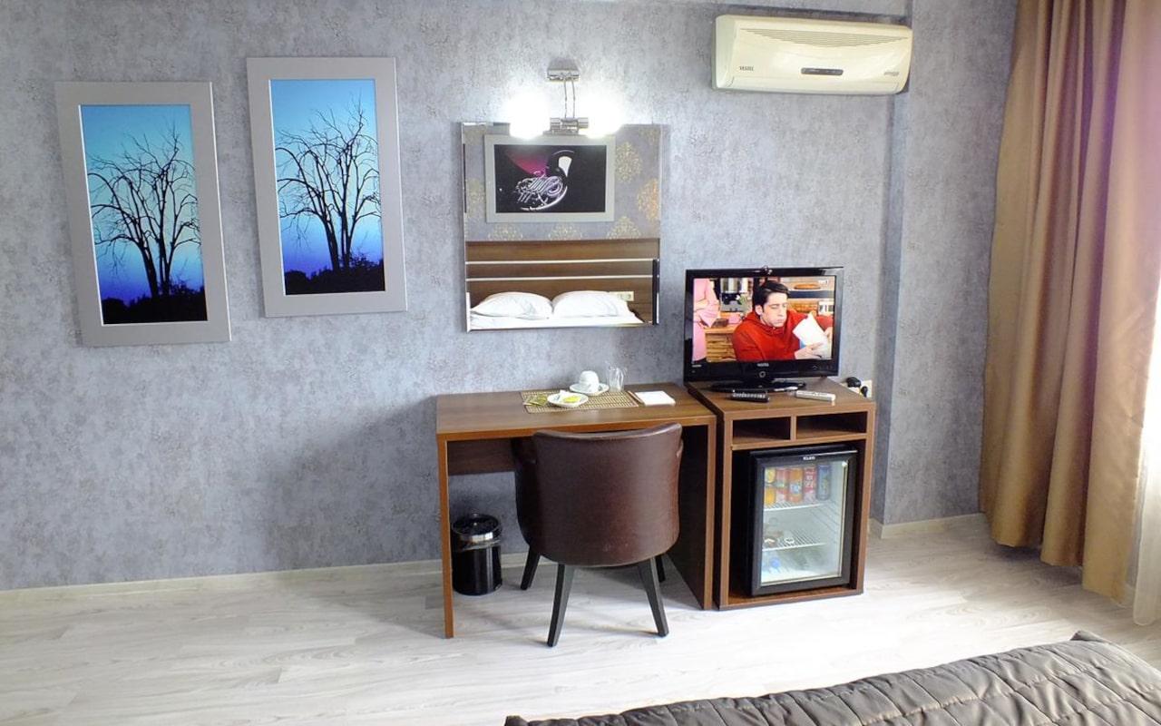 Lifos Hotel_06-min