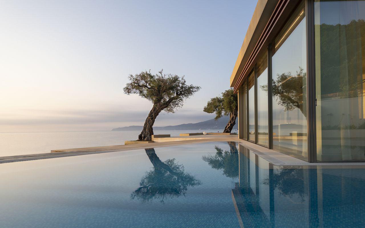 Haute Living Selection Views (1)