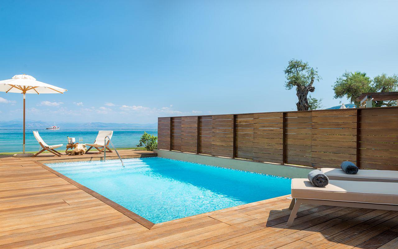 Pavilion Suite outdoor pool