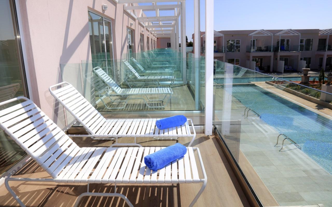 Sandy Villas Double Superior Pool View (7)-min