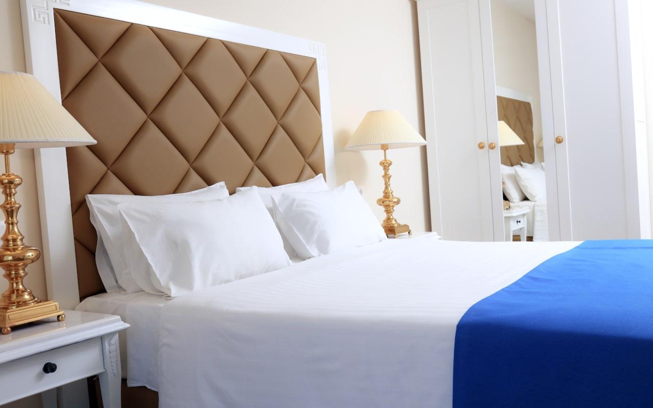 Sandy Villas One Bedroom Suite Pool View (3)-min