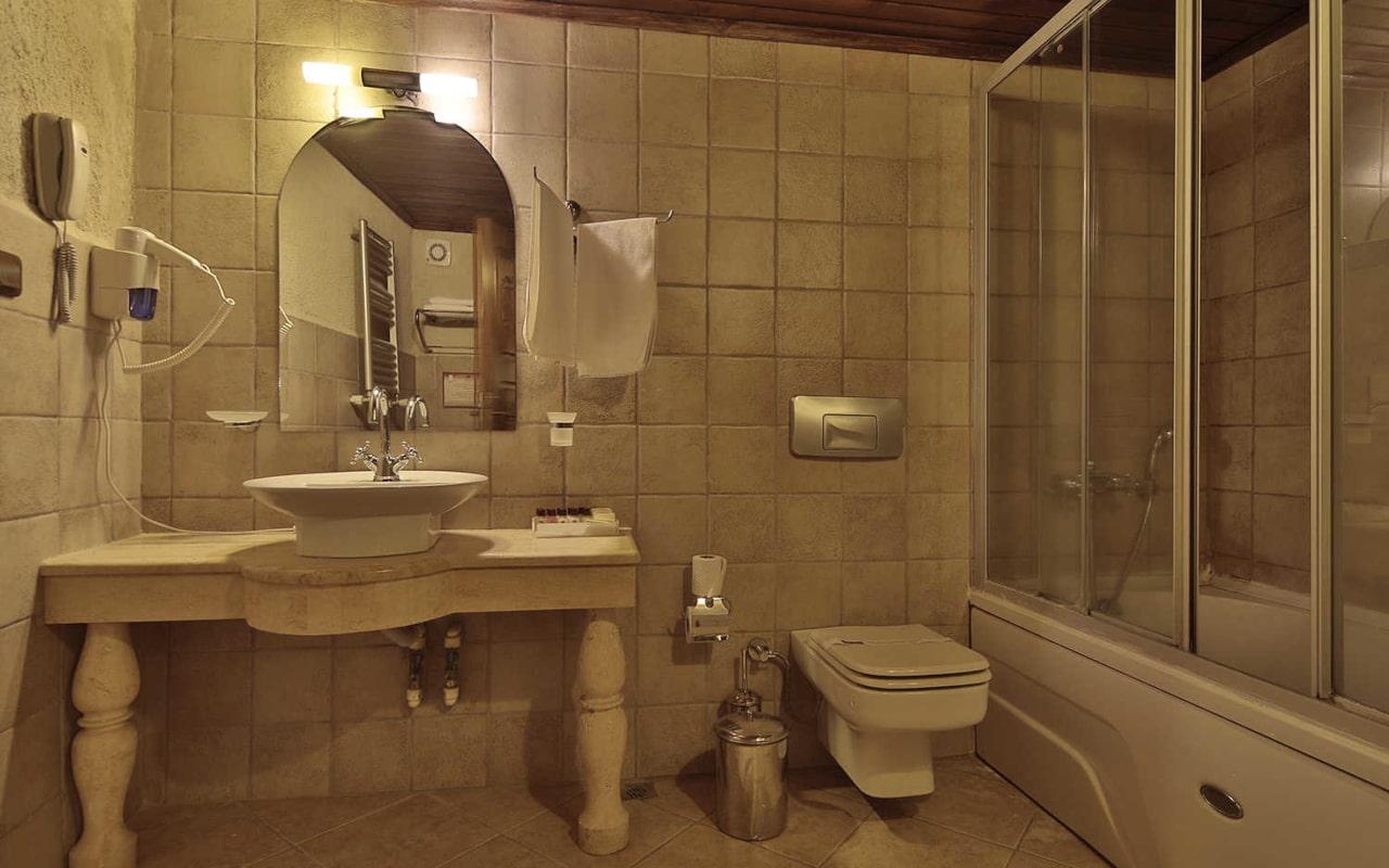 Standard Rooms_02-min