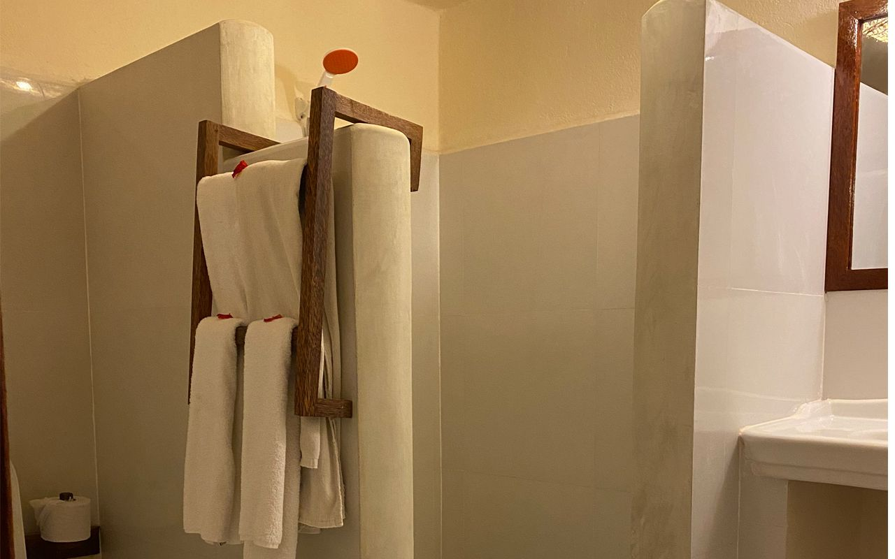 Toilet-