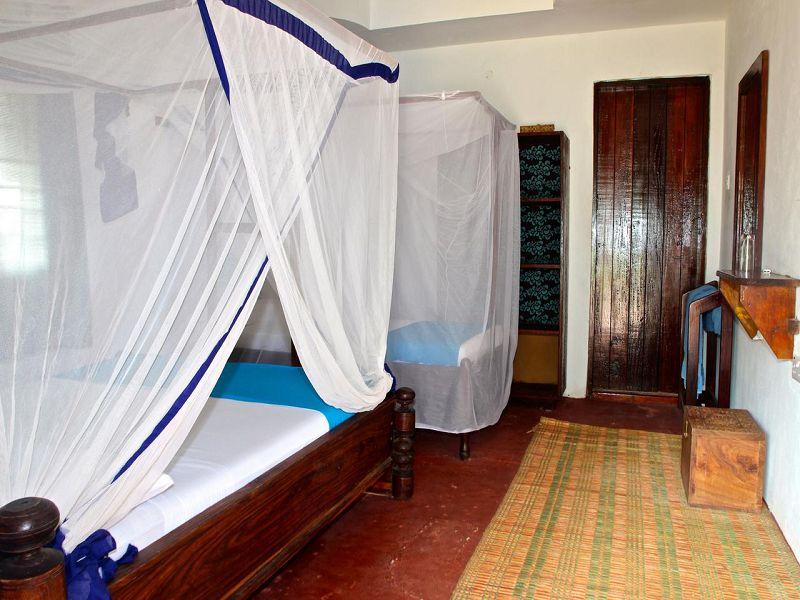 5Sazani Beach Lodge (1)