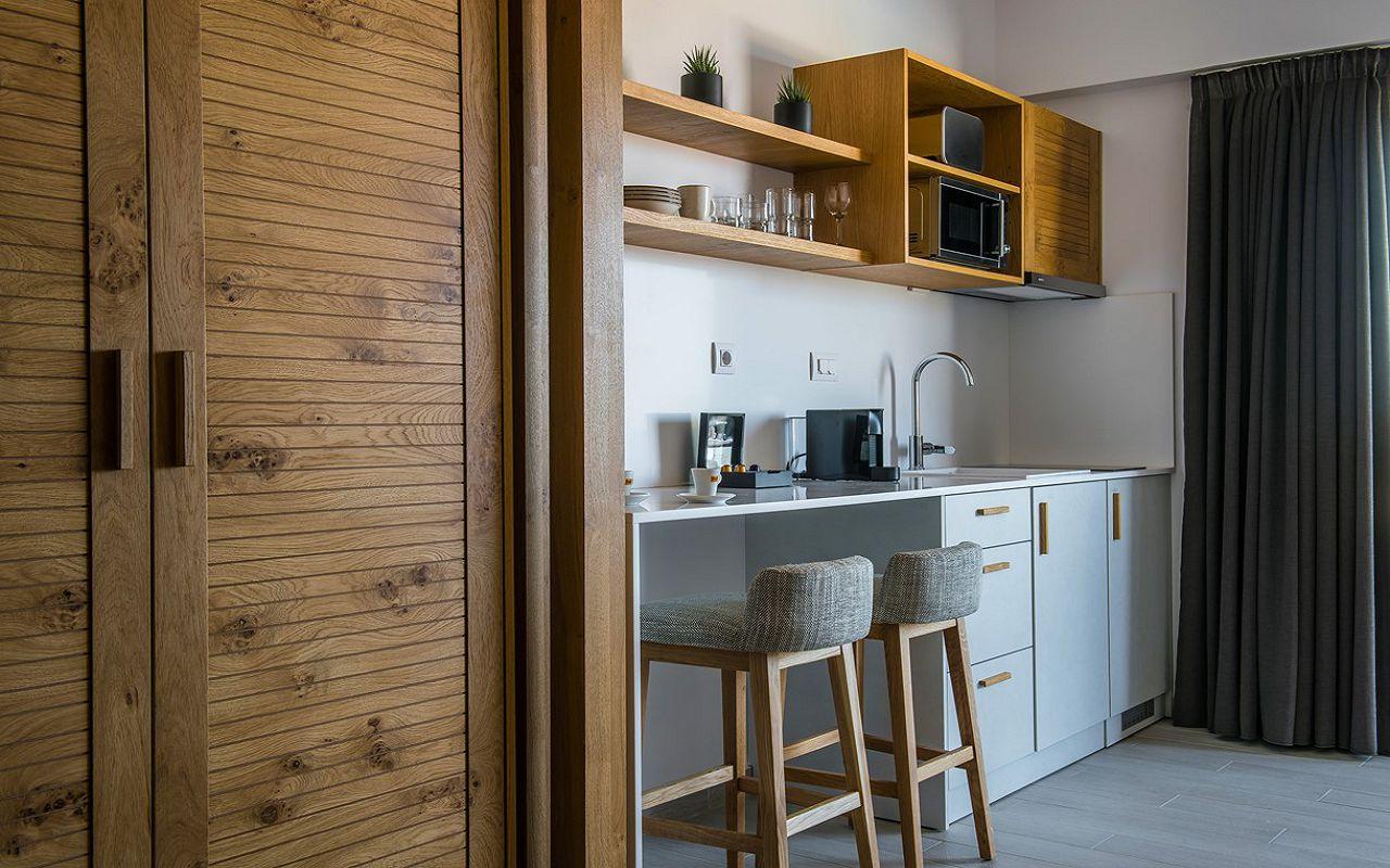 irida-deluxe-apartments-12