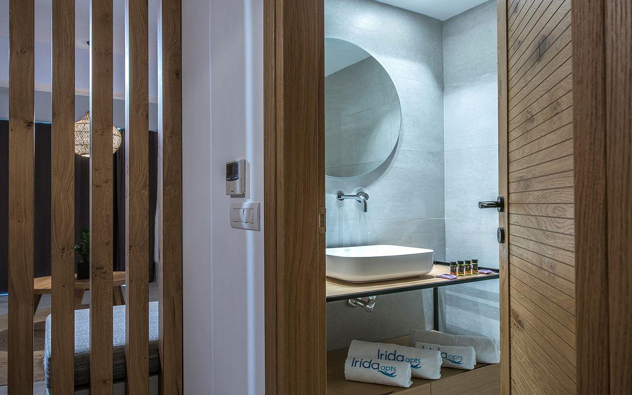 irida-deluxe-apartments-3