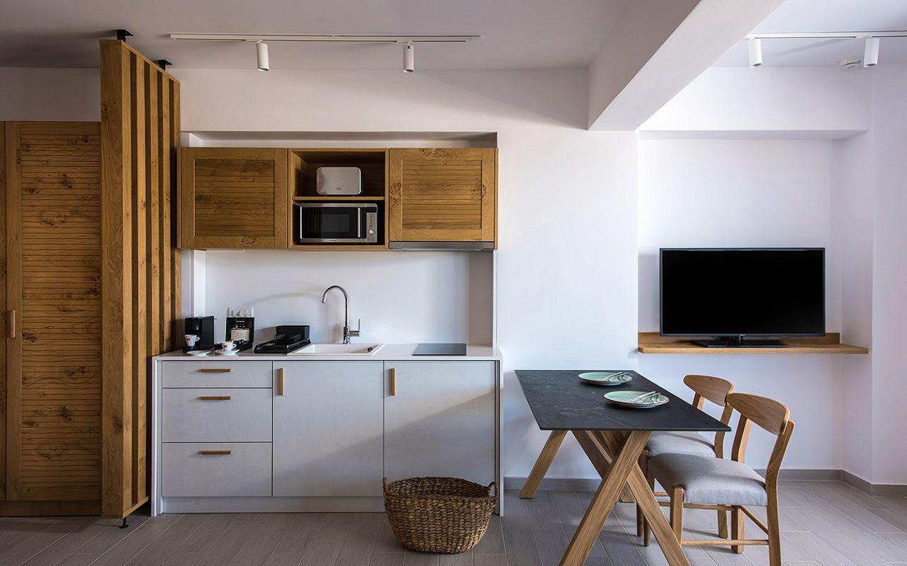 irida-deluxe-apartments-9