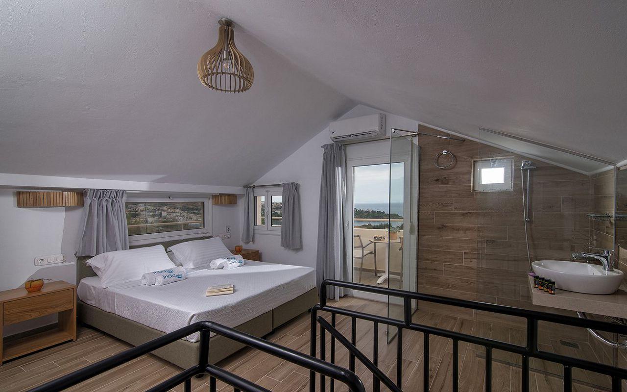 irida_gardens_maisonette_interior_bedroom_02