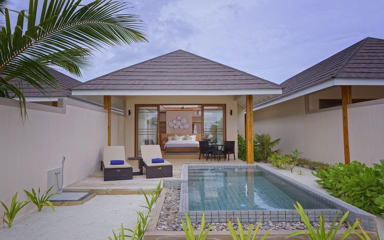 Beach Pool Villa 04