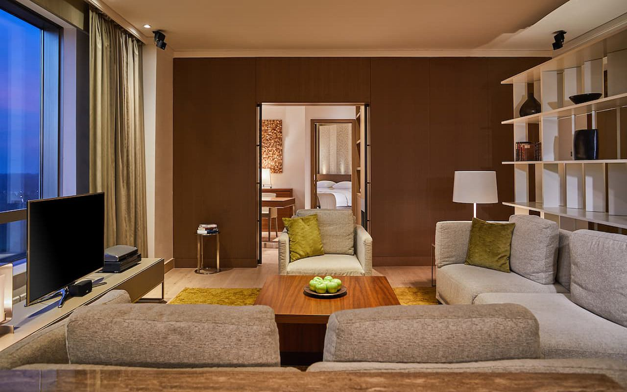 Hyatt-Regency-Belgrade-P375-Diplomatic-Suite-Living-Room.16x9