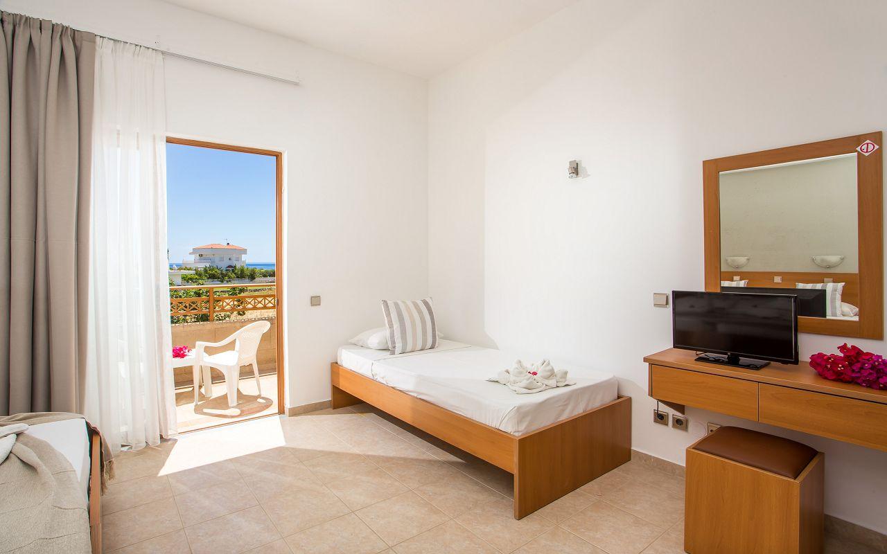 Ledras Hotel (3)