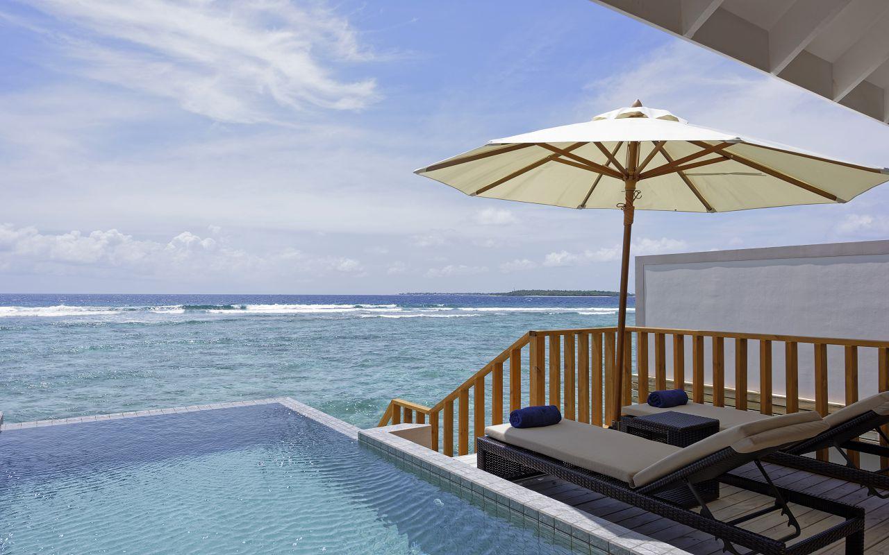 Water Pool Villa (2)