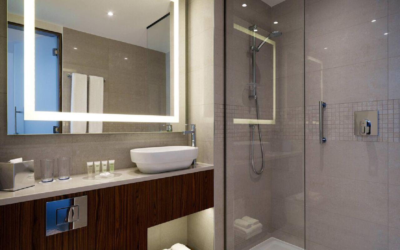 begcy-bathroom-0013-hor-wide
