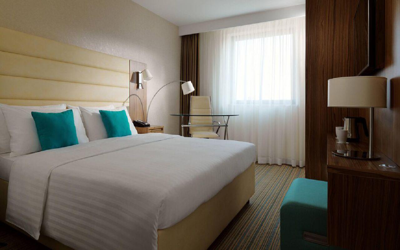 begcy-guestroom-0015-hor-wide