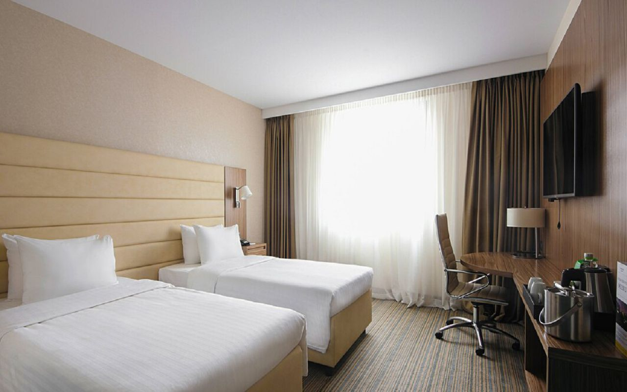 begcy-guestroom-3172-hor-wide