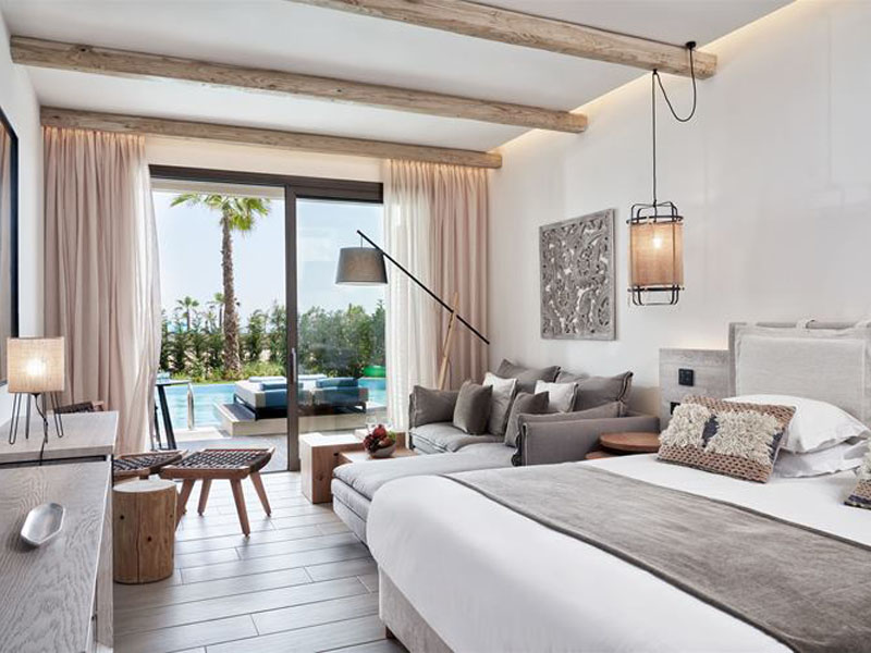 double-room-swim-up-residences